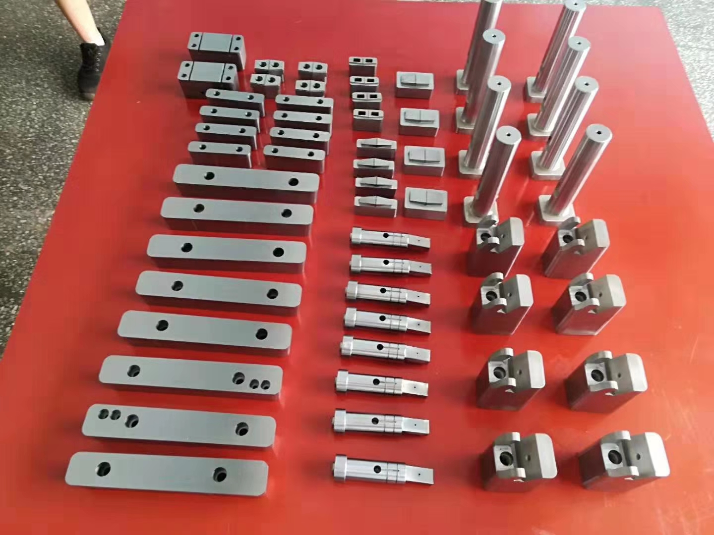 mold parts manufacturing